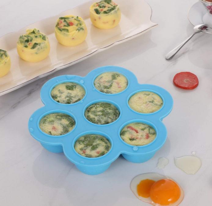 תבנית סיליקון לבישול ביצים בלי קליפה